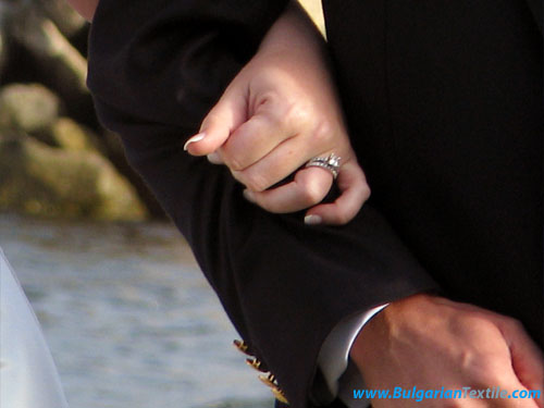 Български Текстил The Ring! How do you chose it and will SHE like it?