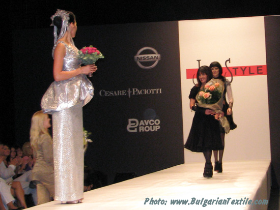 Жени Стил Fashion House Jeni Style – Fall/Winter 2010-2011 – Renaissance Winter – Part 3