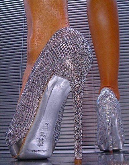 КРИСТА ЕЛ let-s-crystallized-swarovski-crystals-everywhere