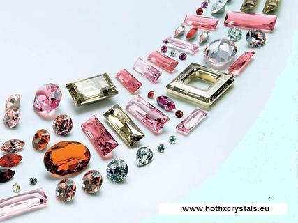 КРИСТА ЕЛ let-s-crystallized-swarovski-crystals-everywhere