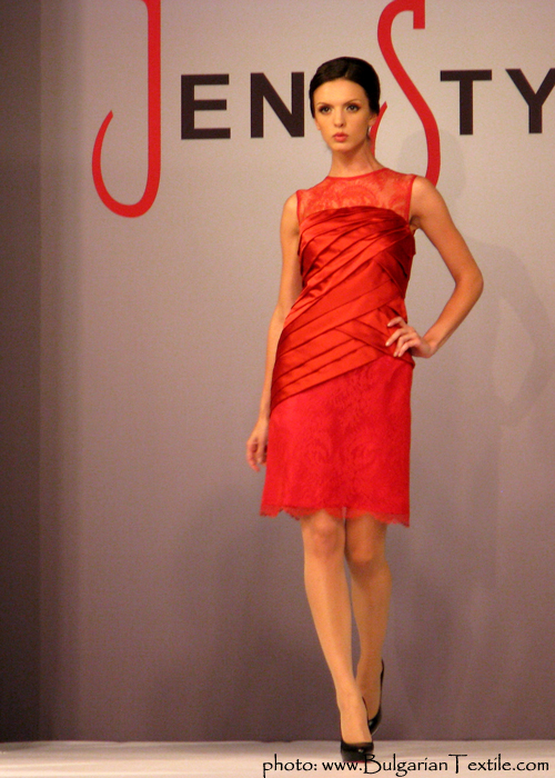 COLLECTION FALL - WINTER 2011/ 2012 RED AND BLACK BY JENI STYLE - PART III - BulgarianTextile.com
