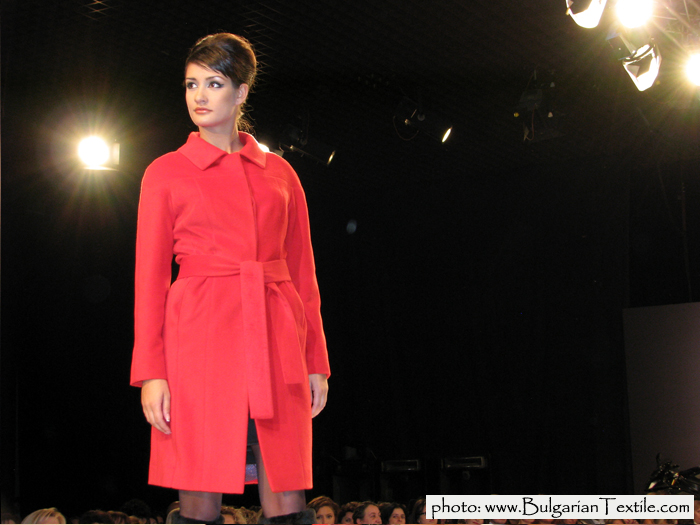 Жени Стил COLLECTION FALL - WINTER 2011/ 2012 RED AND BLACK BY JENI STYLE - PART IV