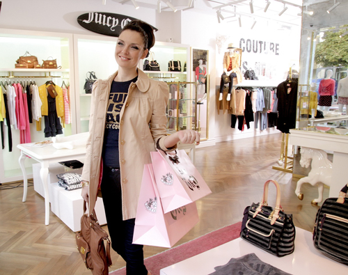 How do celebrities go shopping ? Jeni Kalkandzhieva on a shopping spree.   - BulgarianTextile.com