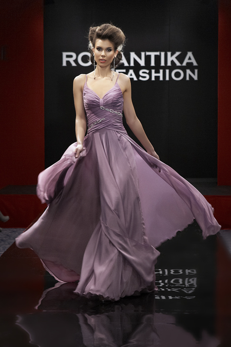 РОМАНТИКА ФЕШЪН Sofia Borisova Presents the New Fashion Collection Signature