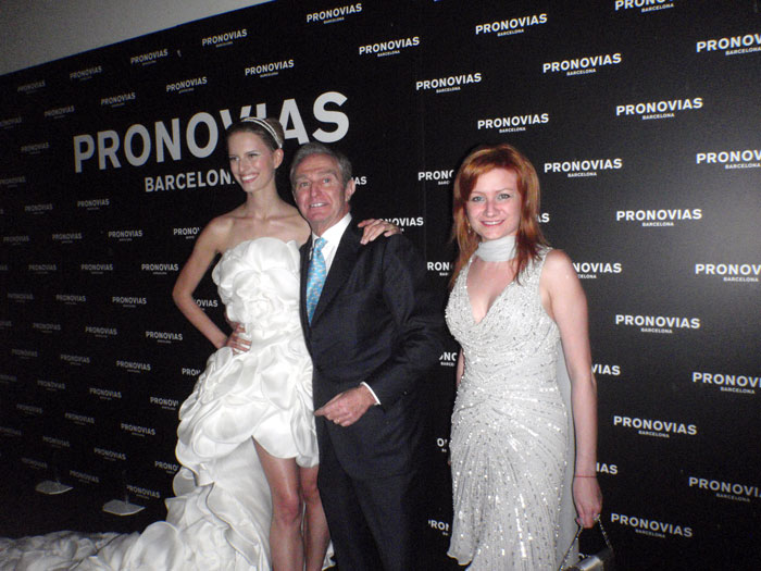 Pronovias presents collection 2013 Le Gardin des Reves - BulgarianTextile.com