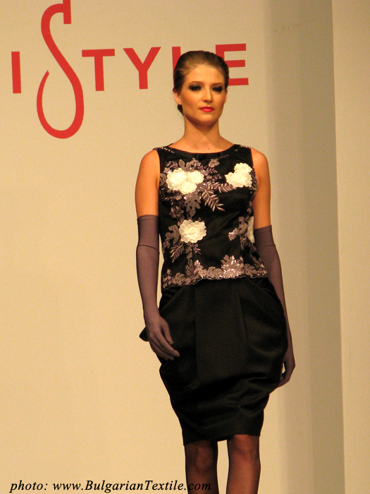 Жени Стил Jeni Style presented her newest collection FW 2012-2013 - Part 2