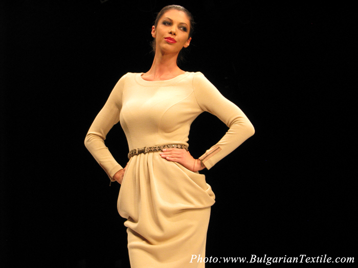 Jeni Style presented her newest collection FW 2012-2013 - Part 3 - BulgarianTextile.com
