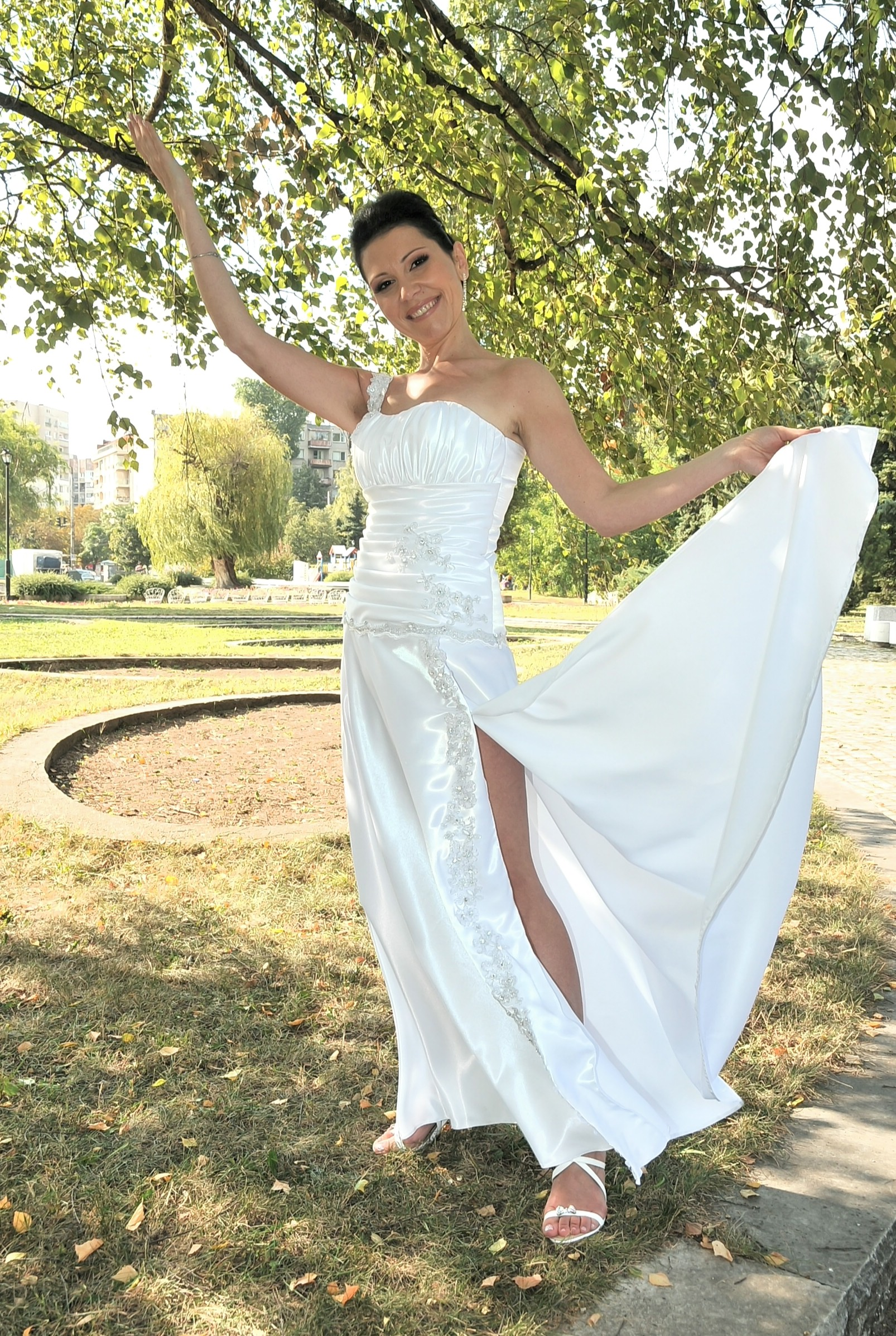 BRIDAL SALON ELMA - FEATURED MODELS